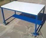 77156930 Stół warsztatowy z kółkami (wymiary: 1200x700x750 mm)