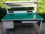 77156979 Stół montażowy z nadstawką, 1 szuflada (wymiary: 1600x800x750 mm)