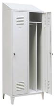 99552199 Szafka ubraniowa 0,8mm na nóżkach ze skośnym daszkiem, zamek ryglujący drzwi w 3 punktach, 2 drzwi (wymiary: 2140x800x490 mm)