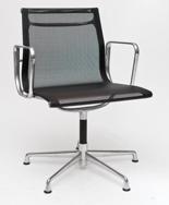 99851114 Fotel konferencyjny CH inspirowany EA108 siateczka, chrom