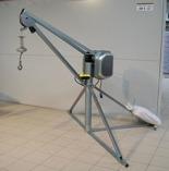 DOSTAWA GRATIS! 55564733 Wciągarka budowlana elektryczna, obrotowa, w komplecie z podstawą + zdalne sterowanie (udźwig: 500 kg, długość liny: 60m)