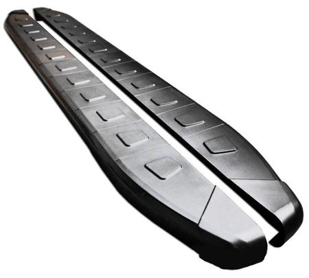 01655974 Stopnie boczne, czarne - Toyota Hilux 2005-2015 (długość: 193 cm)
