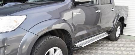 01656078 Stopnie boczne - Toyota Hilux 2015+ (długość: 193 cm)