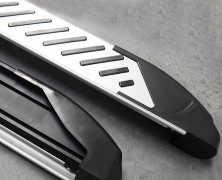 01656325 Stopnie boczne, paski - Mercedes ML W164 2004-2011 (długość: 193 cm)