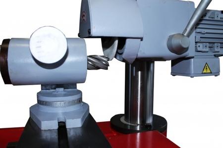 44350097 Uniwersalna szlifierko-ostrzałka narzędziowa Holzmann UWS 320 (maks. średnica szlifowania: 125mm, maks. długość szlifowania: 320mm, moc: 018 kW)