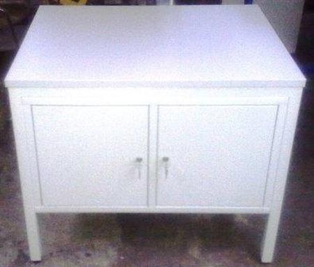 77156954 Stół do laboratorium, 2 szafki (wymiary: 1500x800x750 mm)